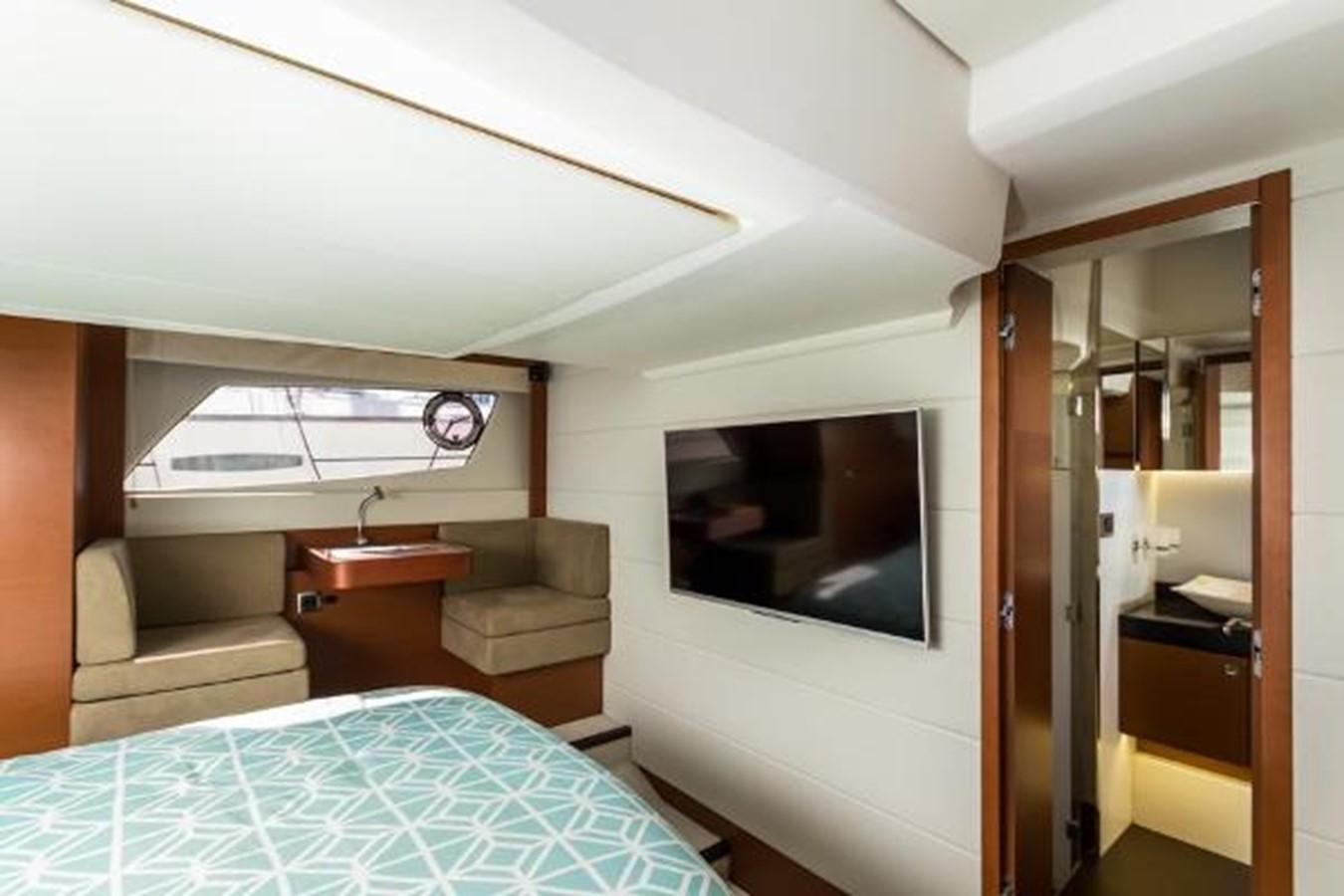 2012 PRESTIGE 500 S Cruiser 2687522
