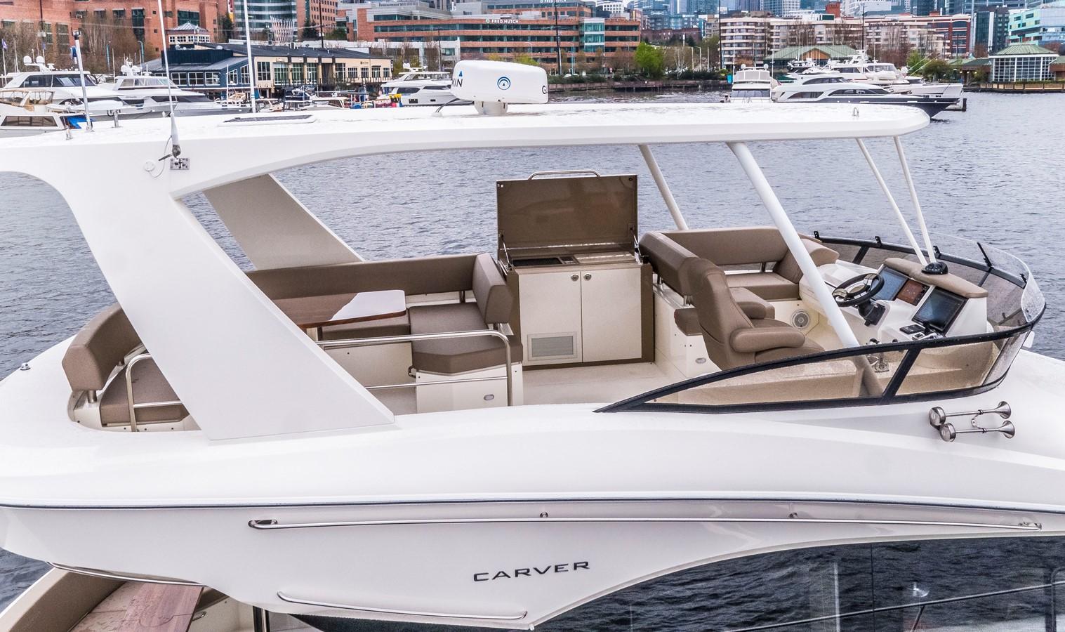 2019 CARVER C52 Motor Yacht 2520756