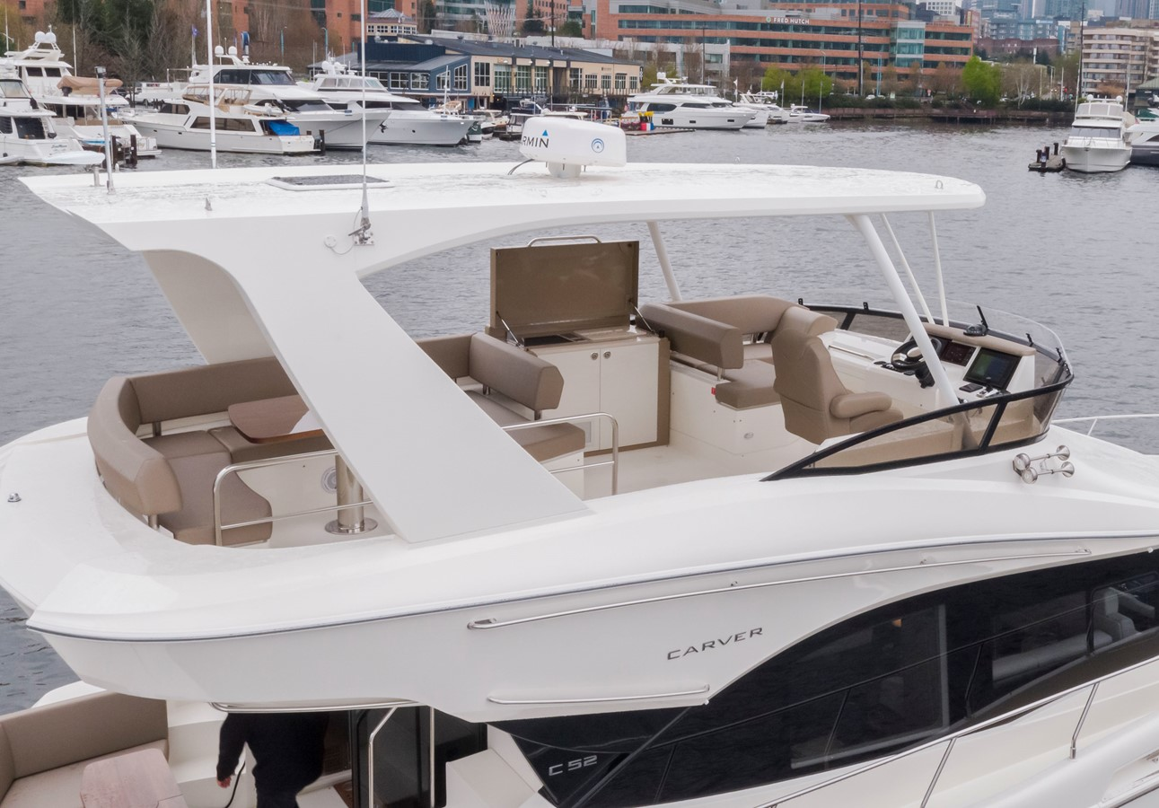 2019 CARVER C52 Motor Yacht 2520758