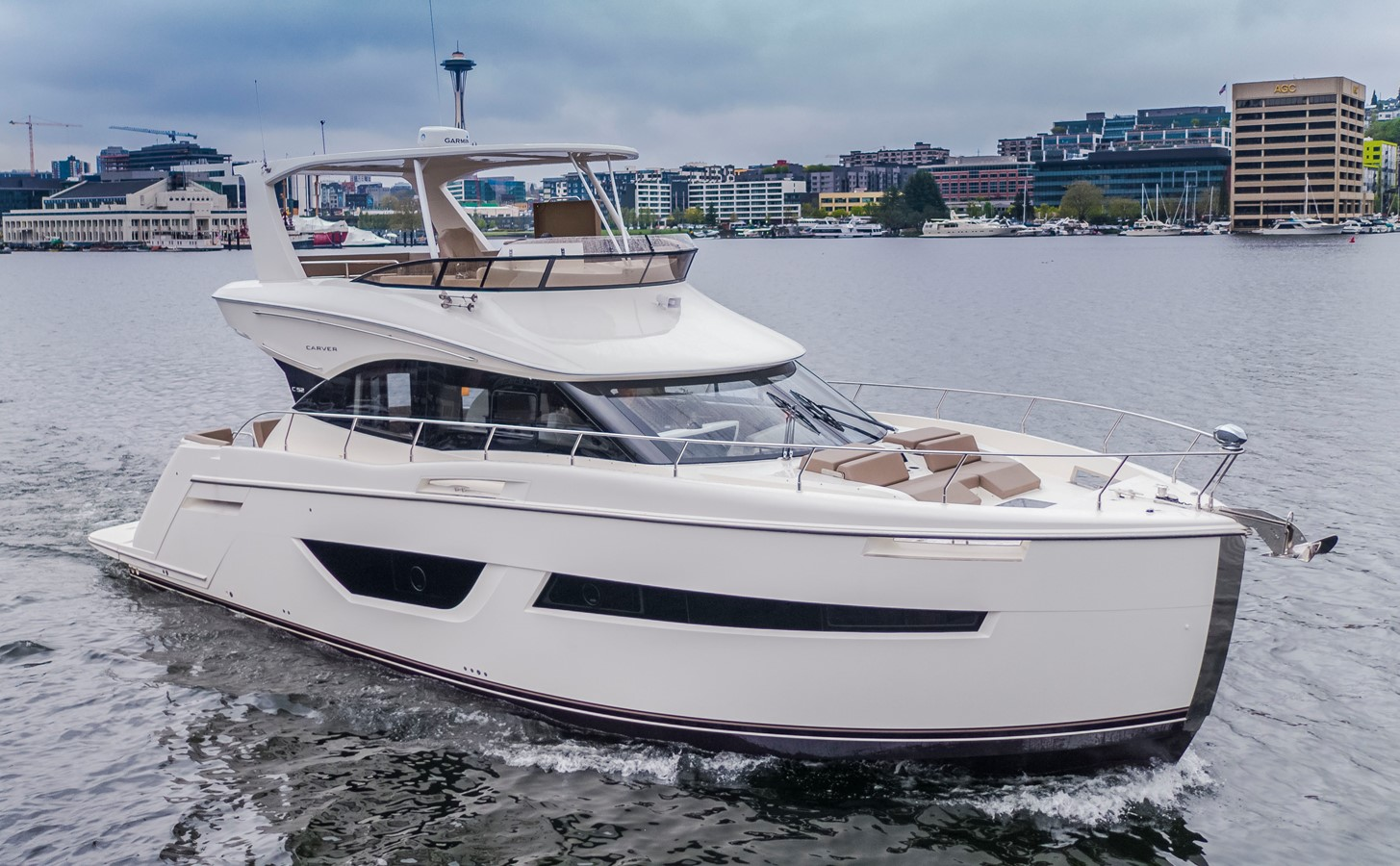 2019 CARVER C52 Motor Yacht 2520762