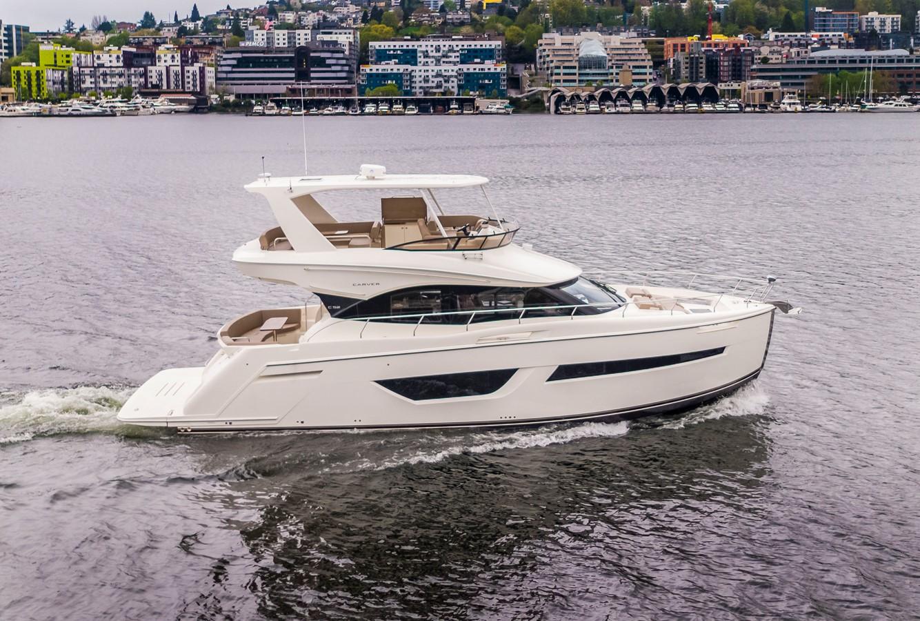 2019 CARVER C52 Motor Yacht 2520770