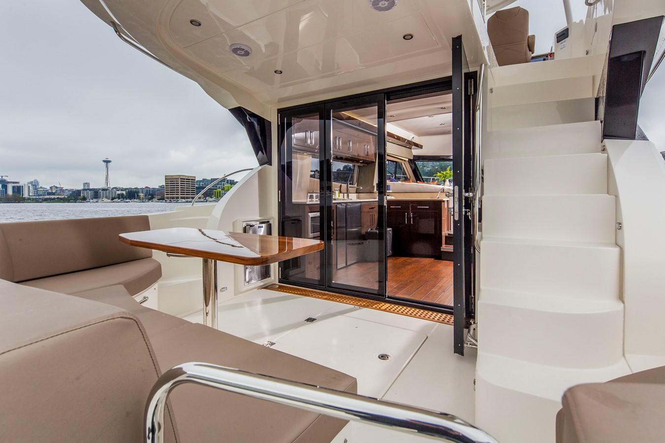 2019 CARVER C52 Motor Yacht 2520781