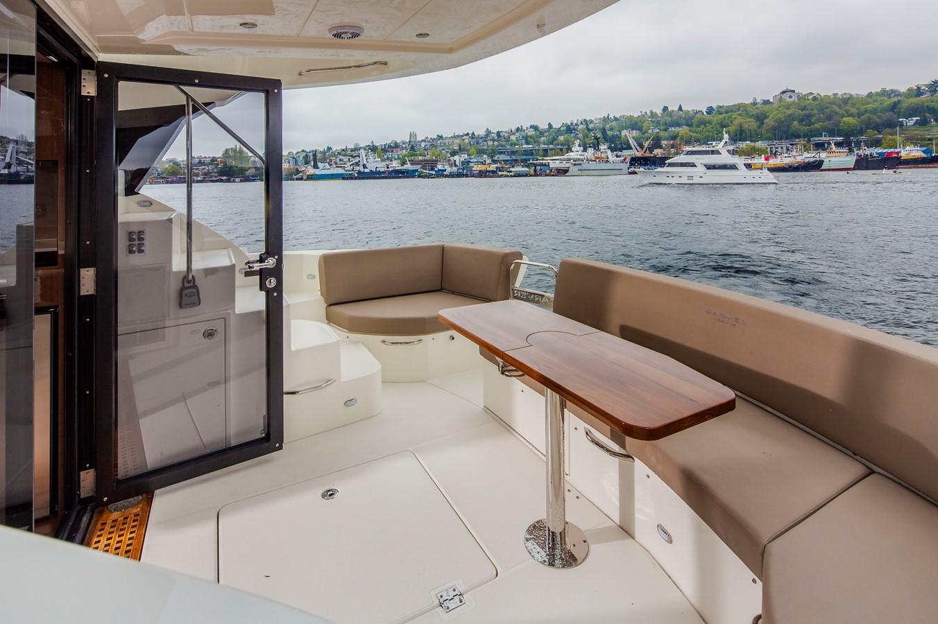 2019 CARVER C52 Motor Yacht 2520783