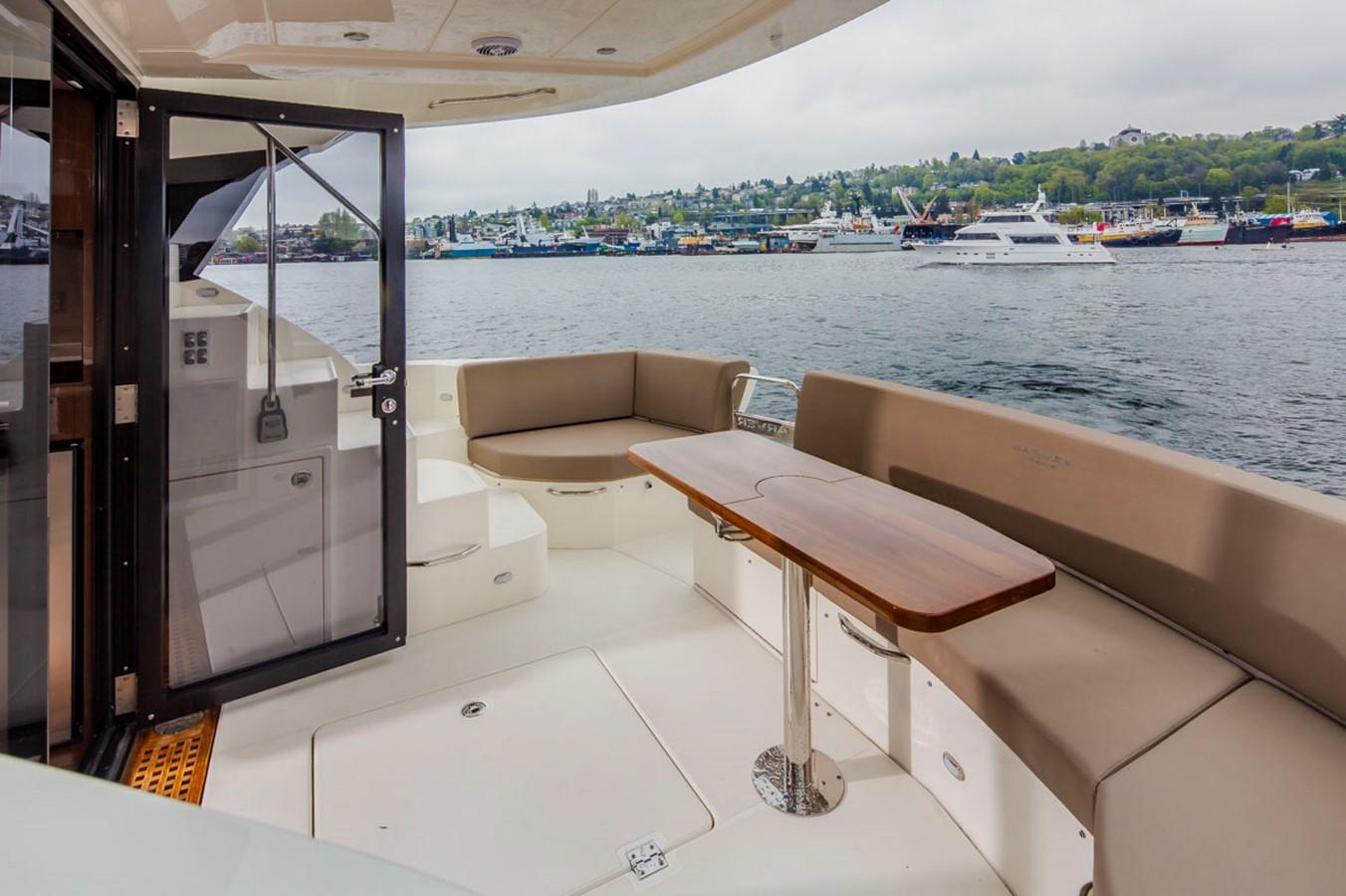 2019 CARVER C52 Motor Yacht 2520784
