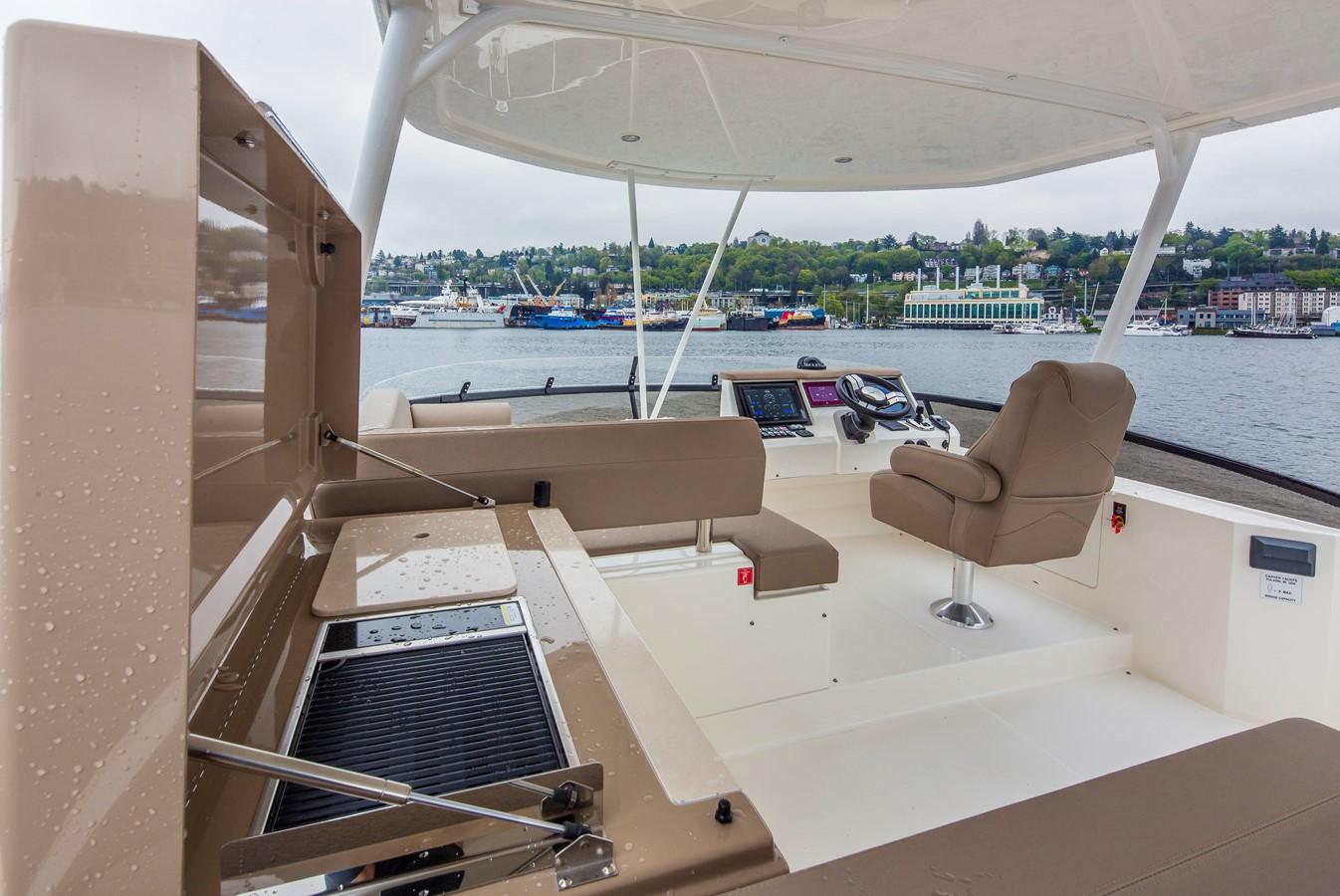 2019 CARVER C52 Motor Yacht 2520795