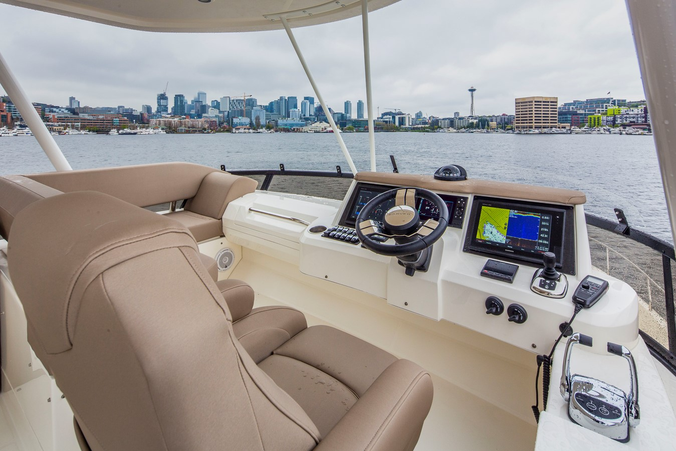 2019 CARVER C52 Motor Yacht 2520799