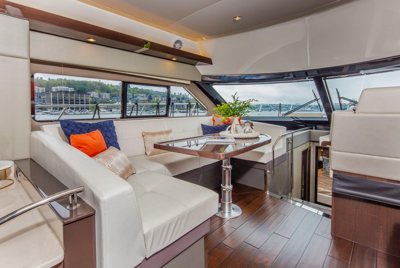 2019 CARVER C52 Motor Yacht 2520808