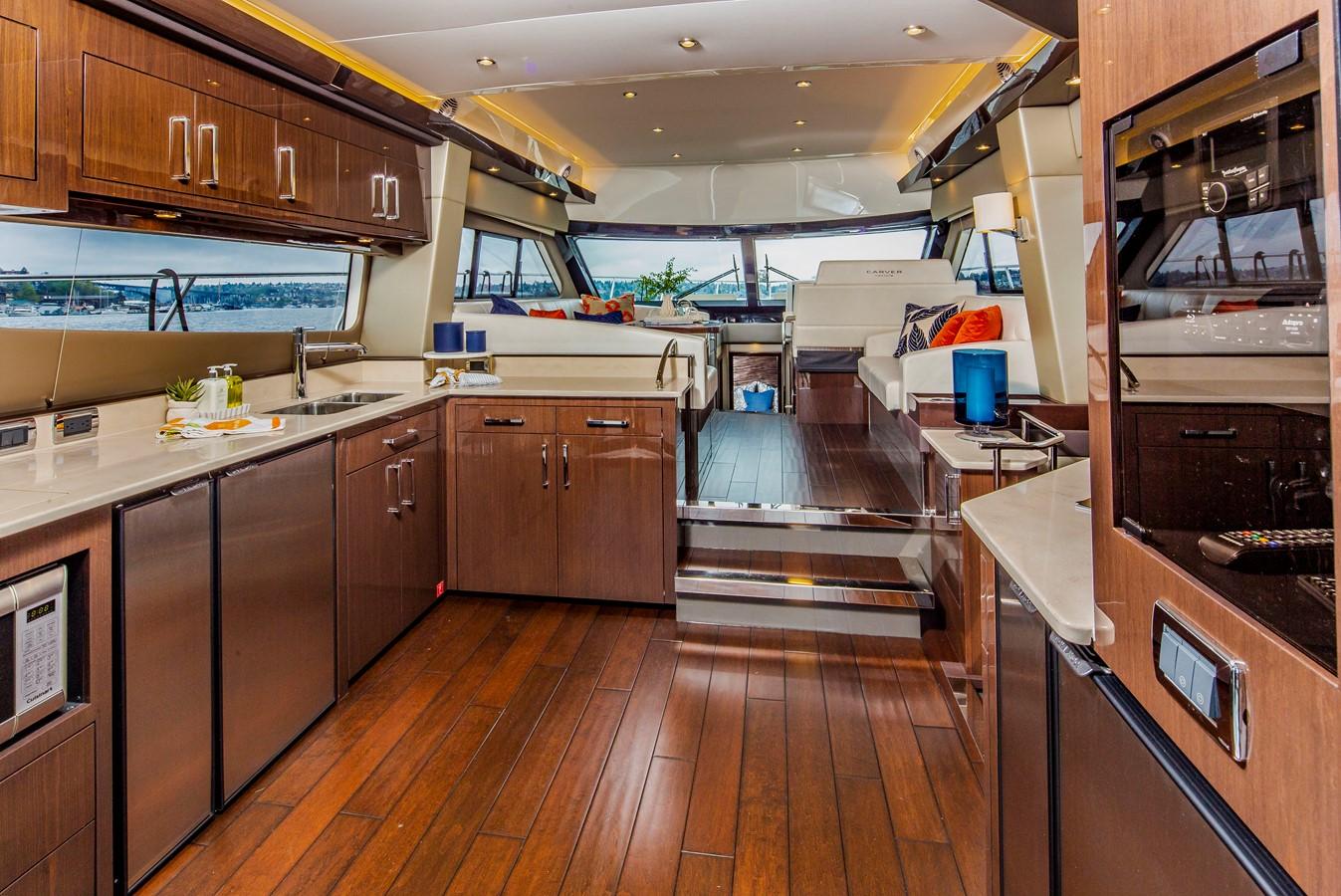 2019 CARVER C52 Motor Yacht 2520811