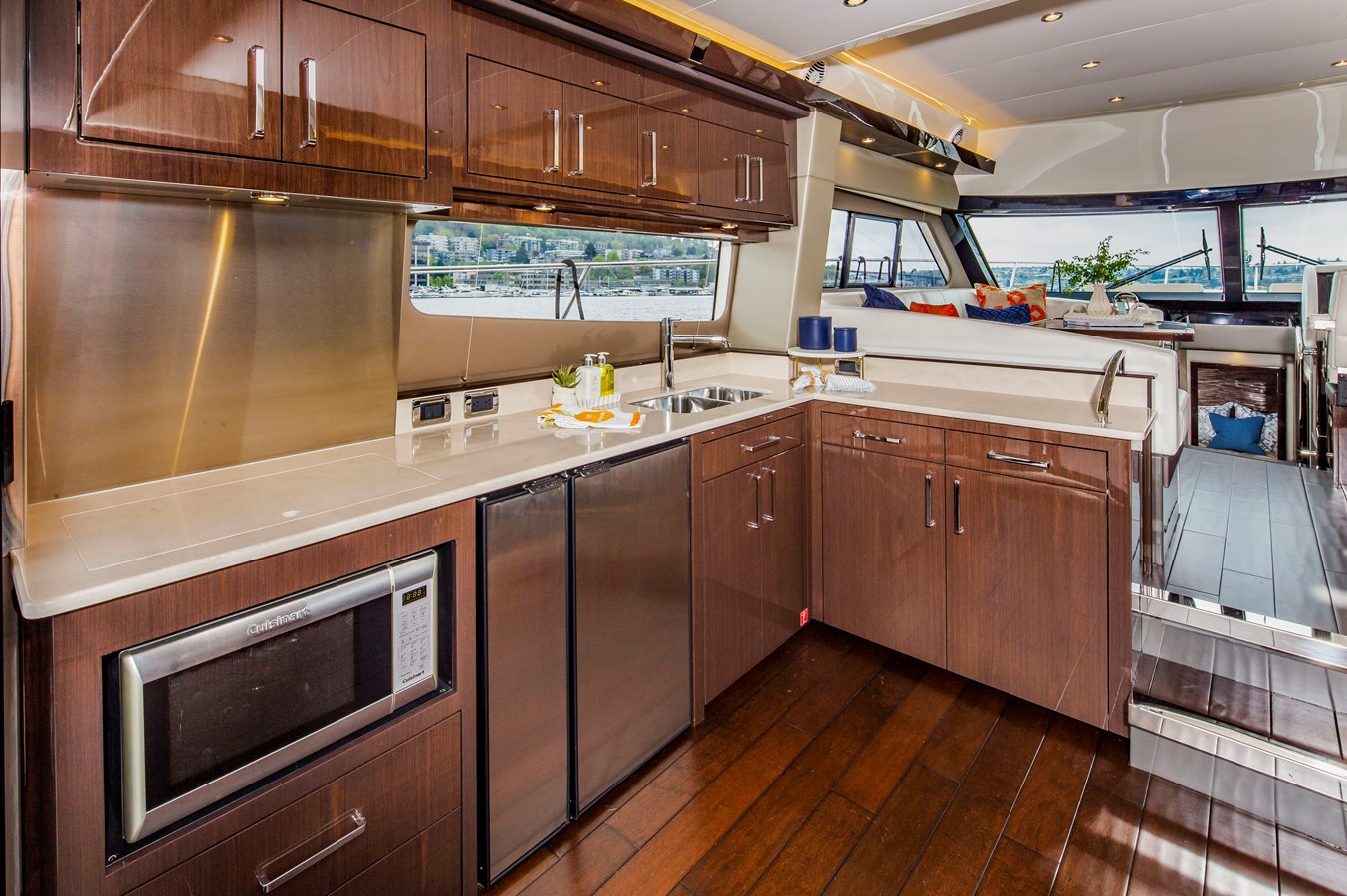 2019 CARVER C52 Motor Yacht 2520814