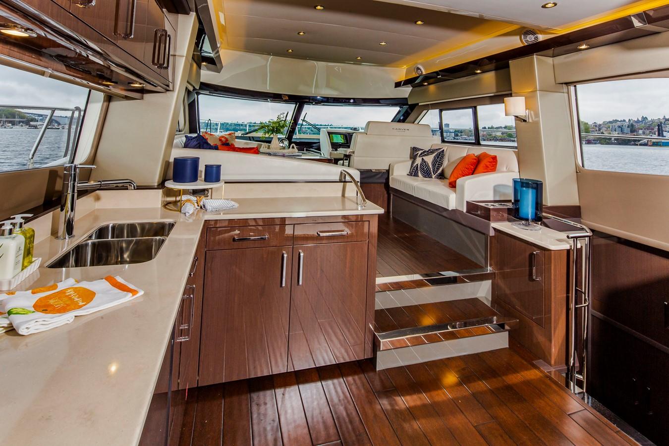2019 CARVER C52 Motor Yacht 2520816