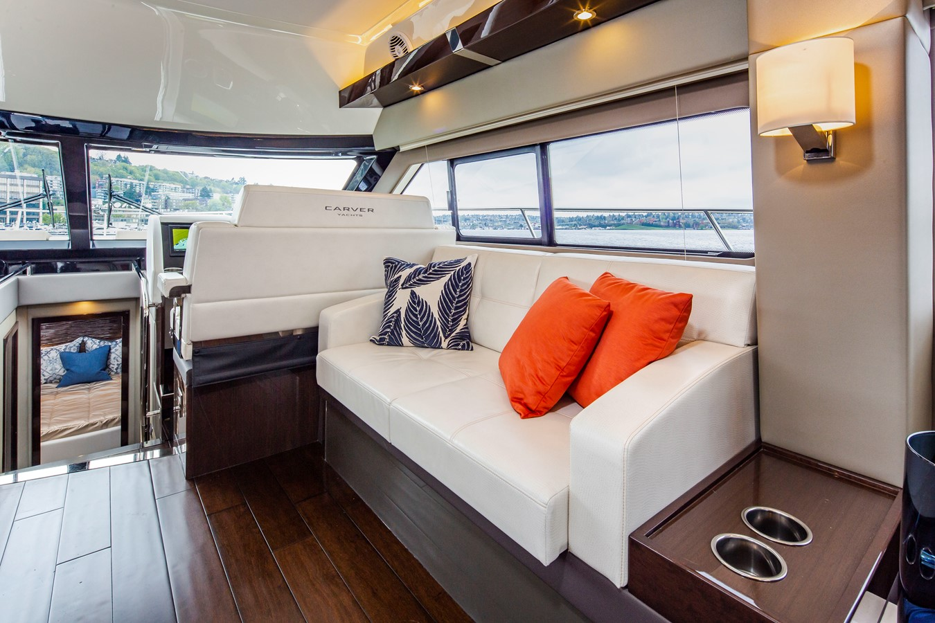 2019 CARVER C52 Motor Yacht 2520821