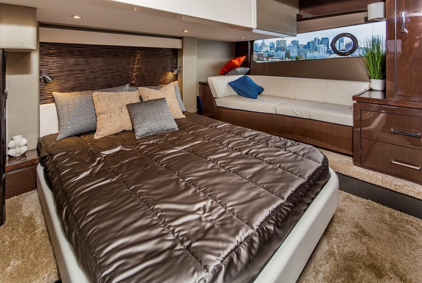 2019 CARVER C52 Motor Yacht 2520843