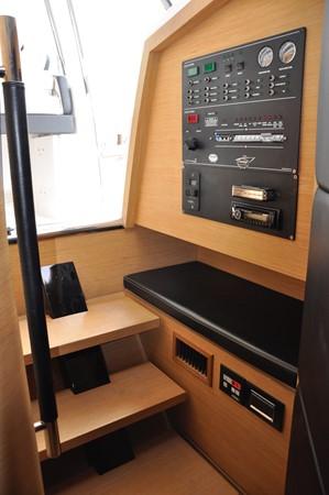 2008 SESSA  Center Console 2357246