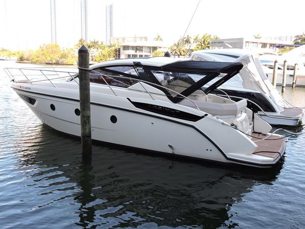 2013 AZIMUT  Mega Yacht 2358123