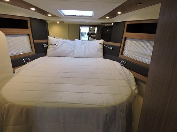 2013 AZIMUT  Mega Yacht 2358129