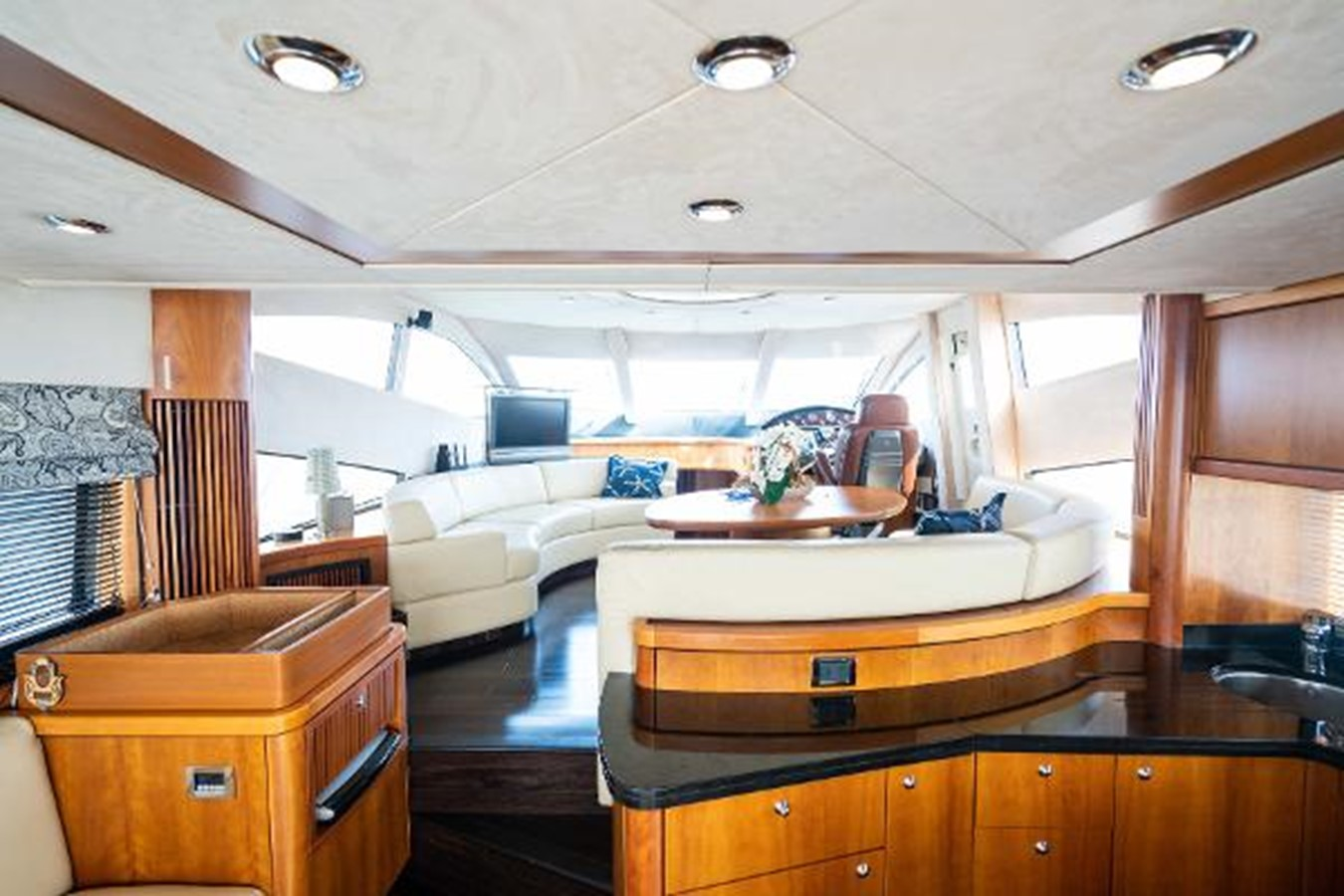 2007 SUNSEEKER MANHATTAN Motor Yacht 2417678