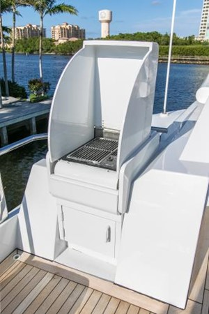 1989 OCEANFAST Motor Yacht Mega Yacht 2468248