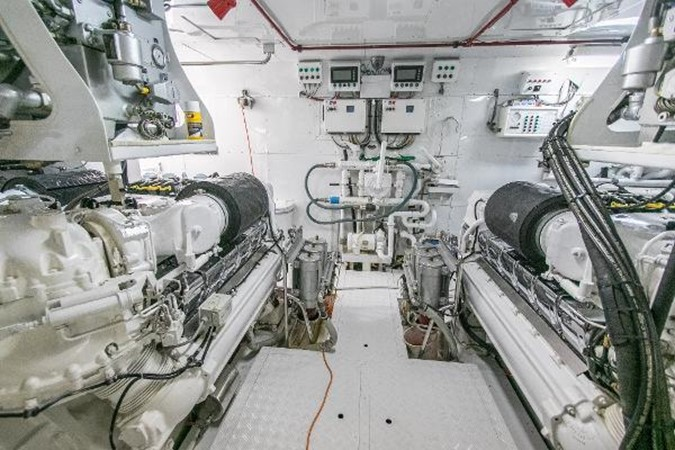 1989 OCEANFAST Motor Yacht Mega Yacht 2468329