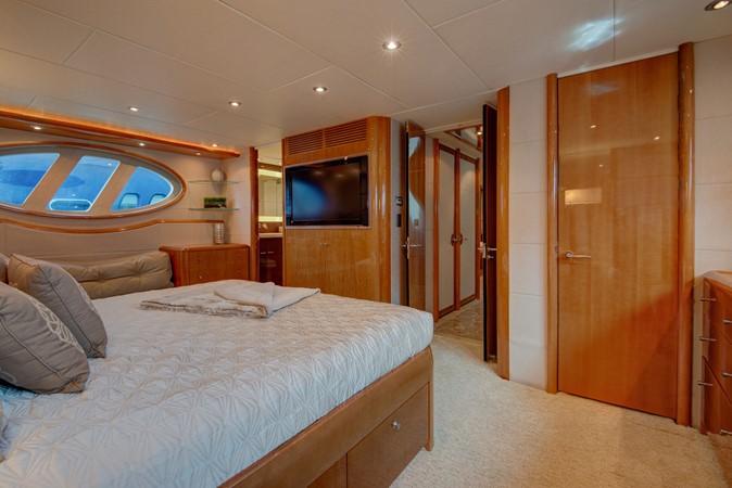 2007 LAZZARA Open Bridge Hard Top Motor Yacht 2374887