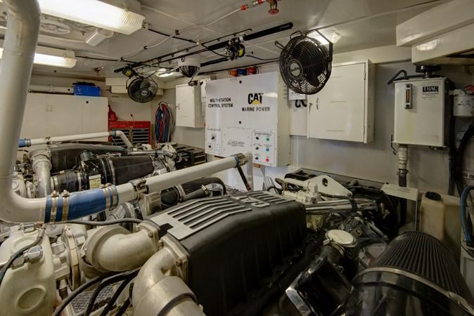 2007 LAZZARA Open Bridge Hard Top Motor Yacht 2374905