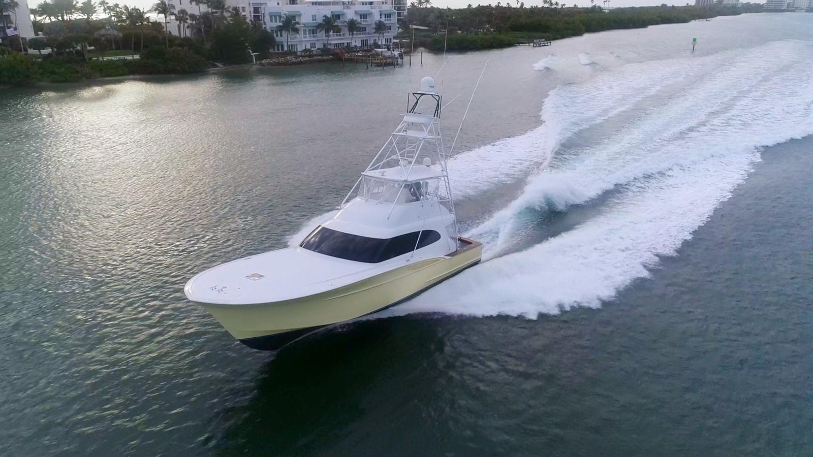 2010 CUSTOM CAROLINA Convertible Sport-Fisherman Sport Fisherman 2490889