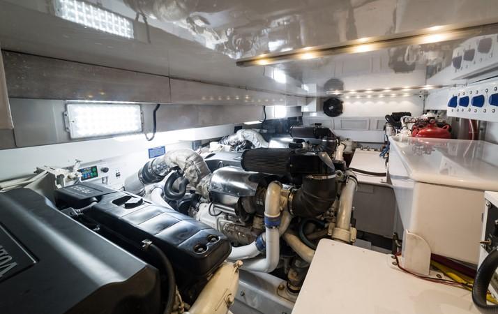 Engine room overview 2010 CUSTOM CAROLINA Convertible Sport-Fisherman Sport Fisherman 2362846