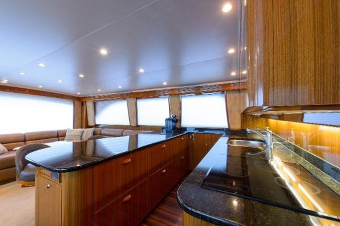 Galley 2008 VIKING Convertible Sport Fisherman 2362166