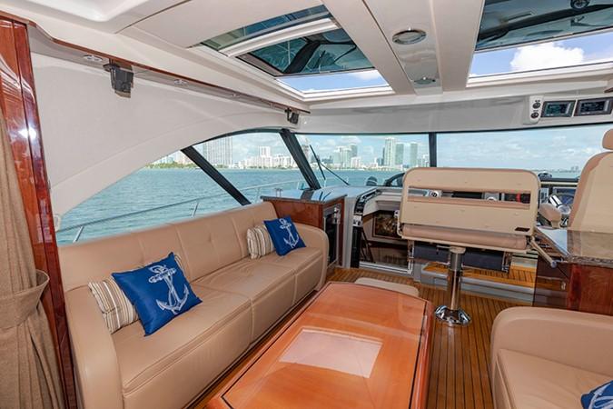 Main Salon 2013 SEA RAY 610 Sundancer Cruiser 2485729