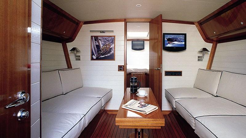 Camper & Nicholsons Endeavour 42 2019 CAMPER & NICHOLSONS  Cruiser 2367648