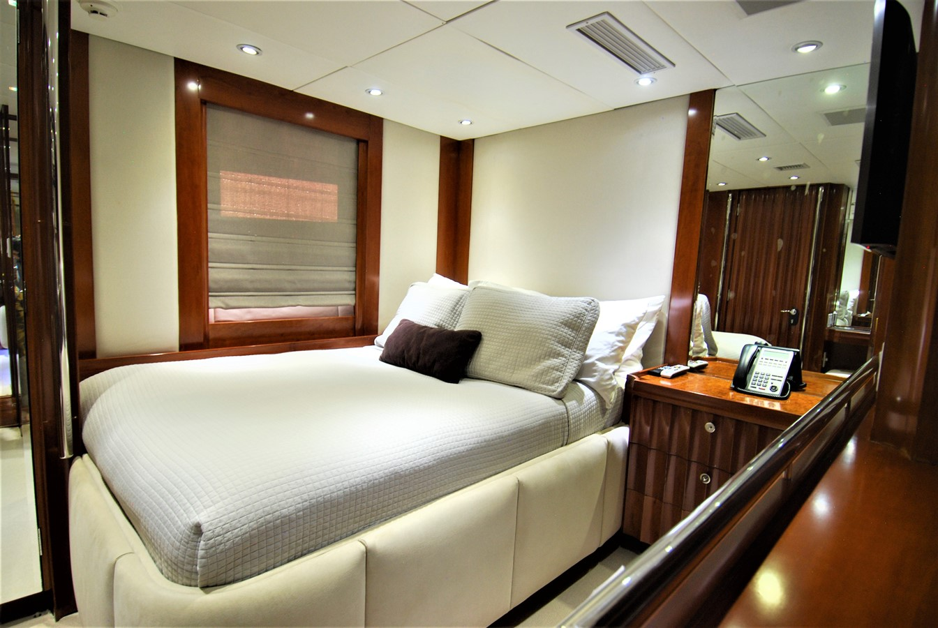 Port Guest Stateroom 1991 WINDSHIP YACHTS  Sloop 2386301