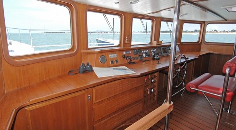2002 TROPIC COMPOSITES YC 80 Power Catamaran Catamaran 2371336