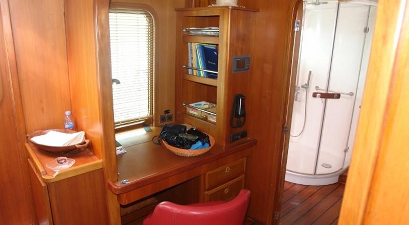 2002 TROPIC COMPOSITES YC 80 Power Catamaran Catamaran 2371338