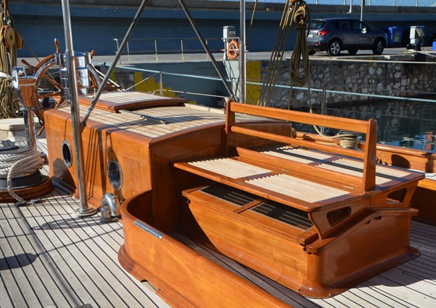 1929 CAMPER & NICHOLSONS  Racing Sailboat 2371533