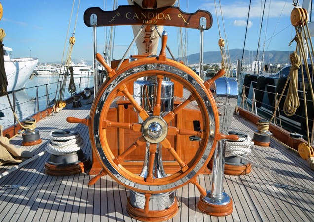 1929 CAMPER & NICHOLSONS  Racing Sailboat 2371534