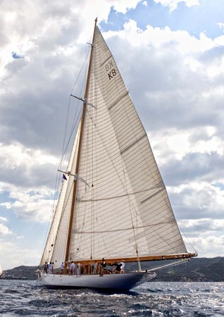 1929 CAMPER & NICHOLSONS  Racing Sailboat 2371540
