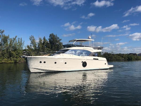 2019 BENETEAU MONTE CARLO 6 Motor Yacht 2426260