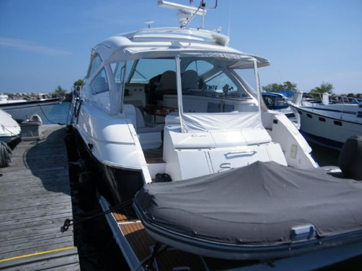 2010 CRUISERS YACHTS 520 Sports Coupe Cruiser 2372752