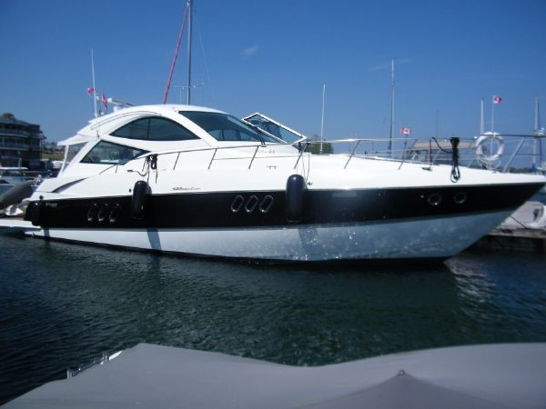 2010 Cruisers Yachts 520 Sports Coupe Cruiser 2372750