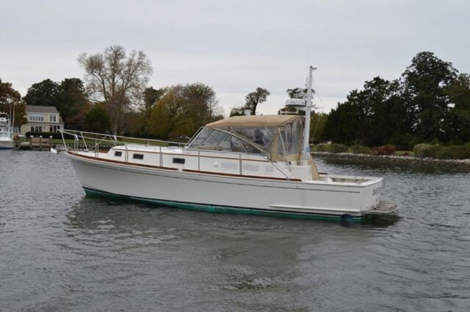 1998 GRAND BANKS 38 Eastbay Motor Yacht 2678960