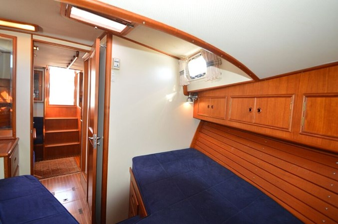 1998 GRAND BANKS 38 Eastbay Motor Yacht 2678986