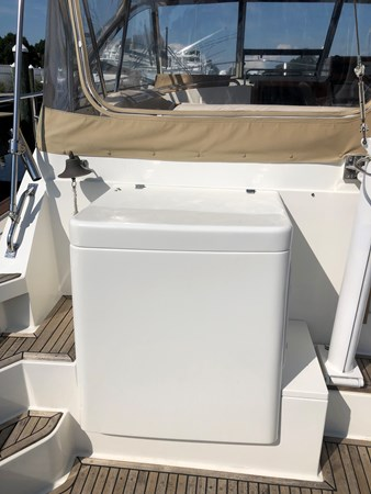 1998 GRAND BANKS 38 Eastbay Motor Yacht 2678990
