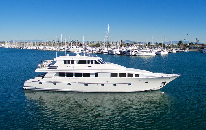 SEYCHELLE 111 Advertising New 1992 NORTHCOAST YACHTS Tri-Deck Motor Yacht Motor Yacht 2373892