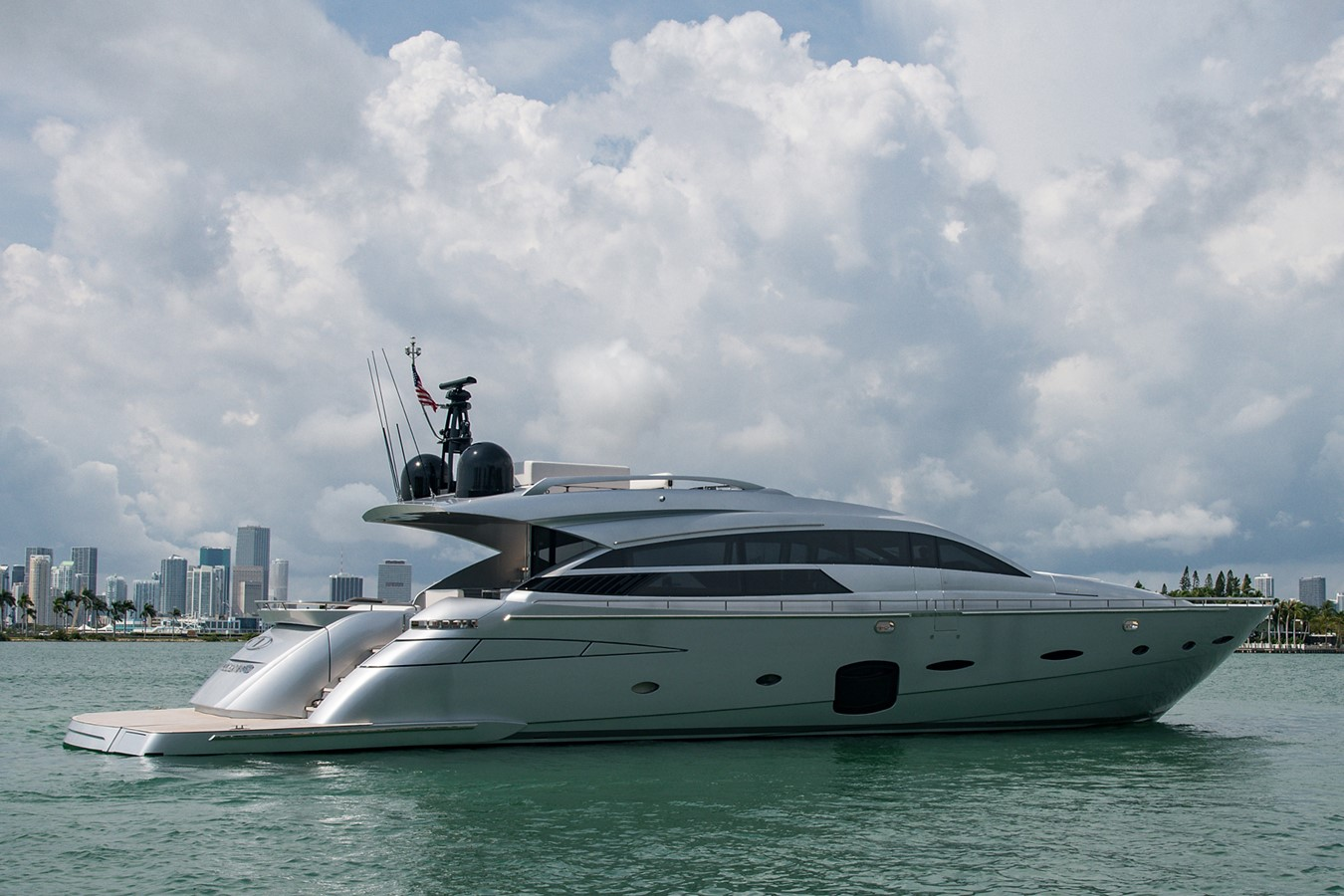2012 PERSHING Express Cruiser Motor Yacht 2375762