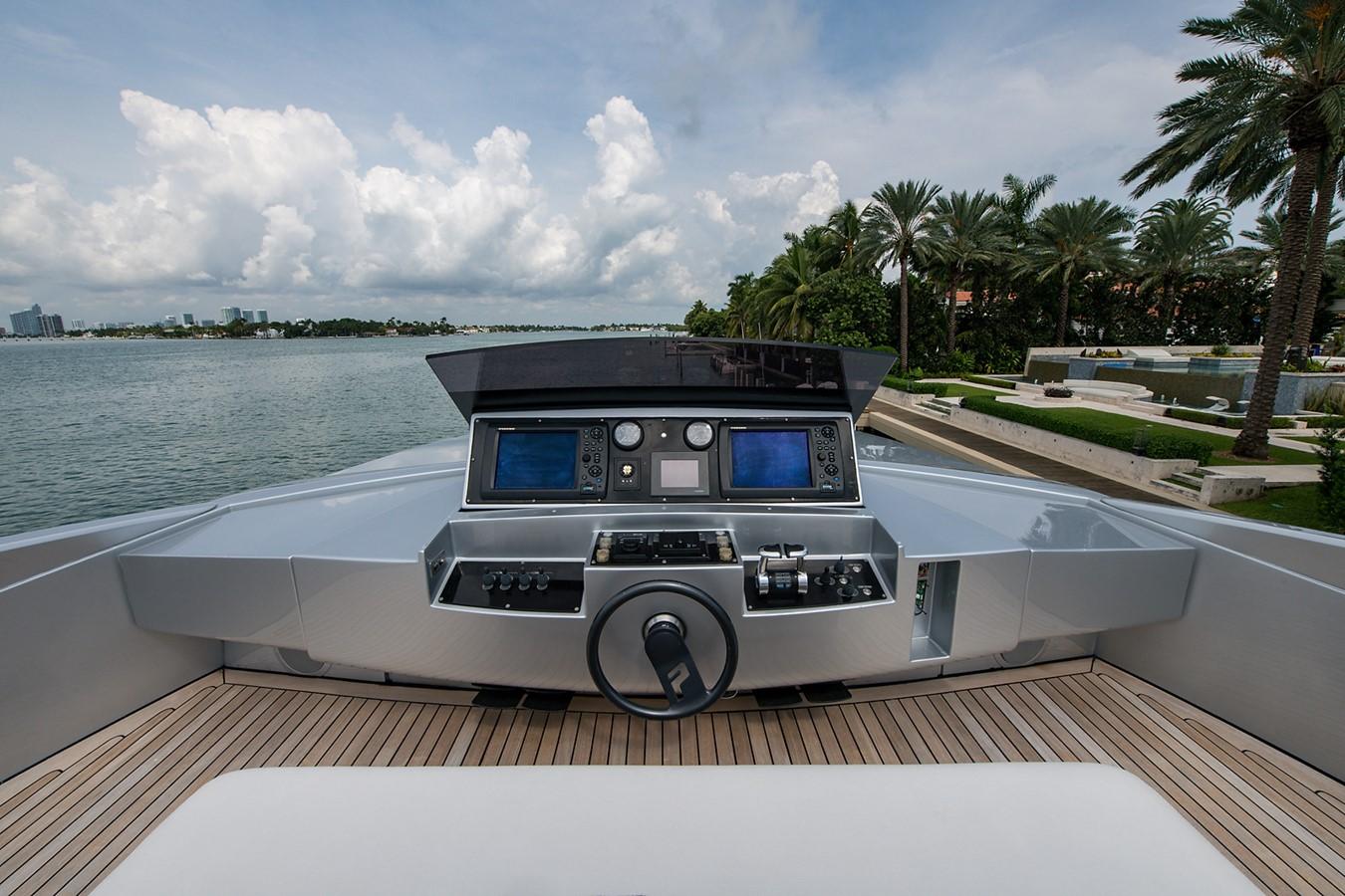 2012 PERSHING Express Cruiser Motor Yacht 2375784
