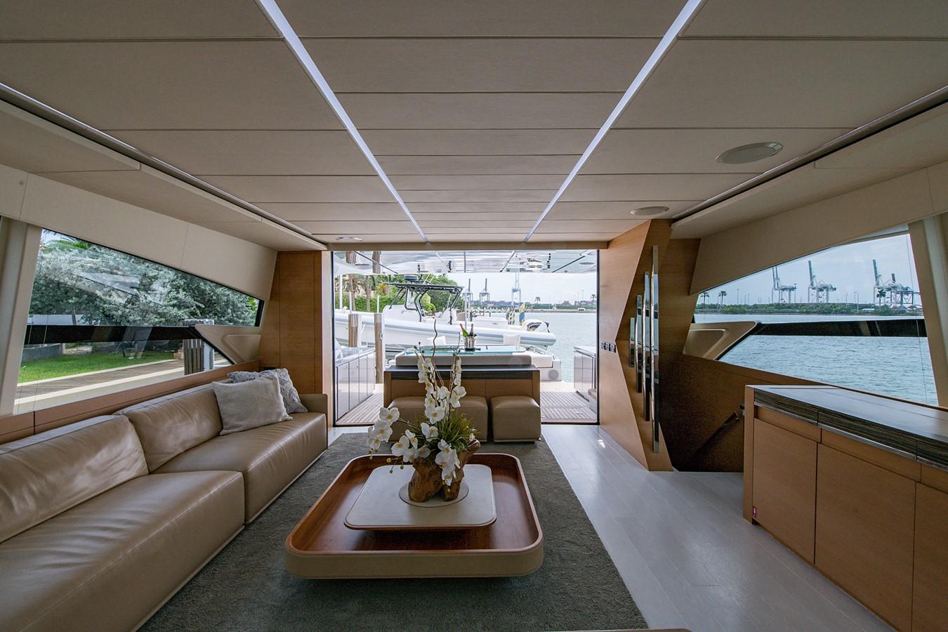 2012 PERSHING Express Cruiser Motor Yacht 2375788