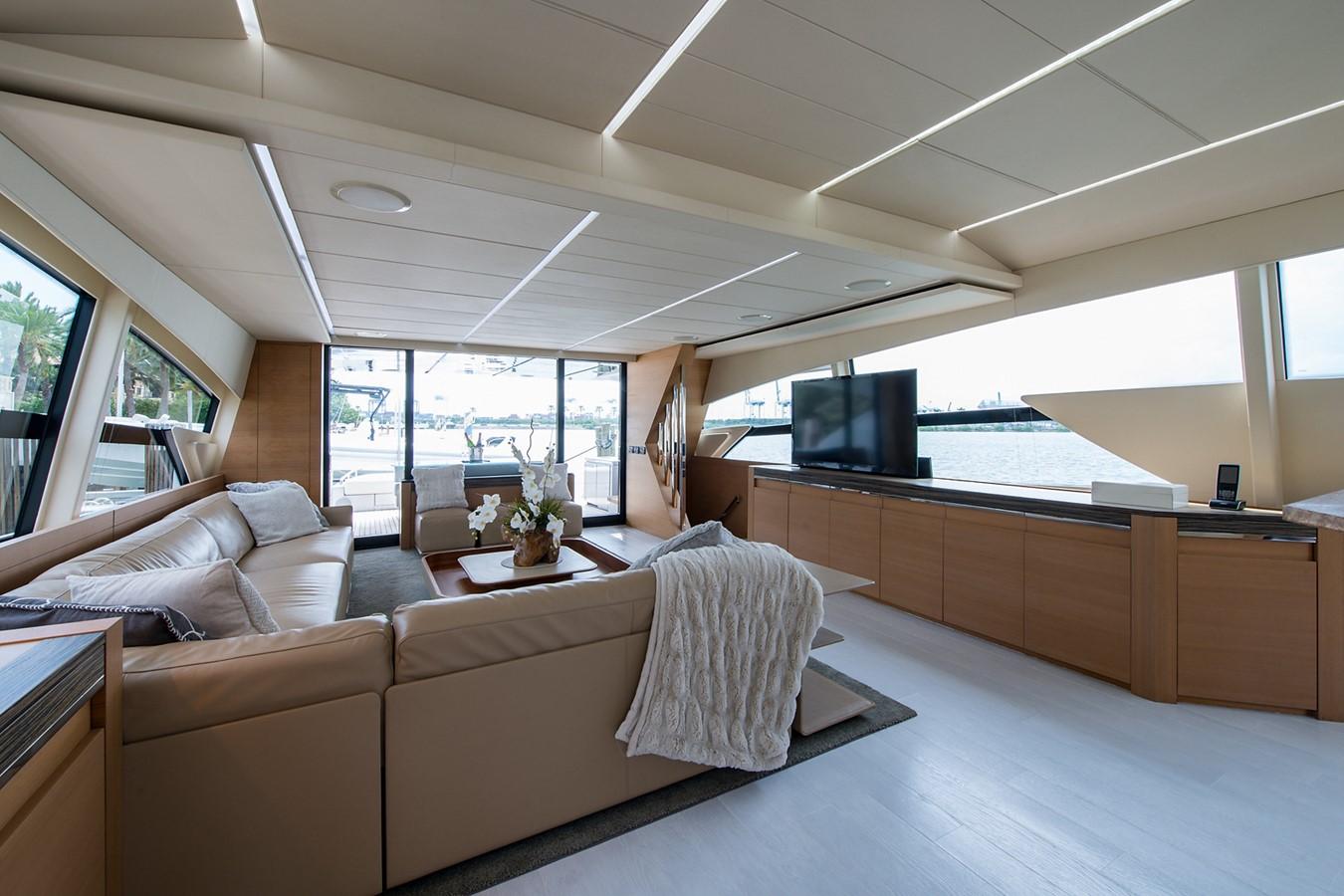 2012 PERSHING Express Cruiser Motor Yacht 2375792