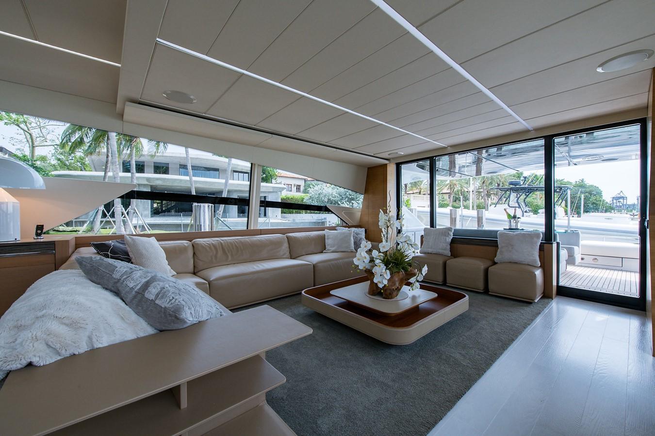 2012 PERSHING Express Cruiser Motor Yacht 2375793