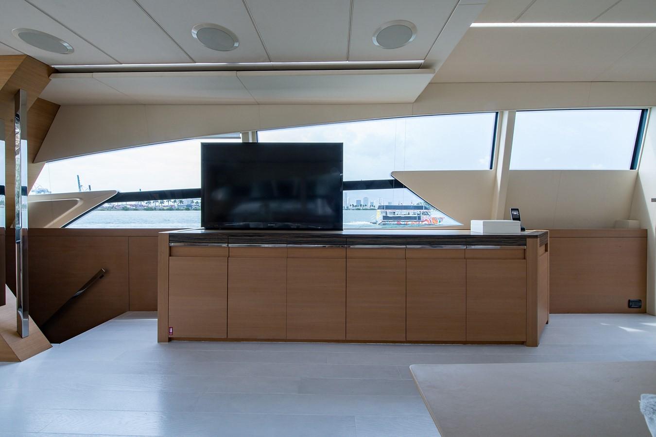 2012 PERSHING Express Cruiser Motor Yacht 2375794