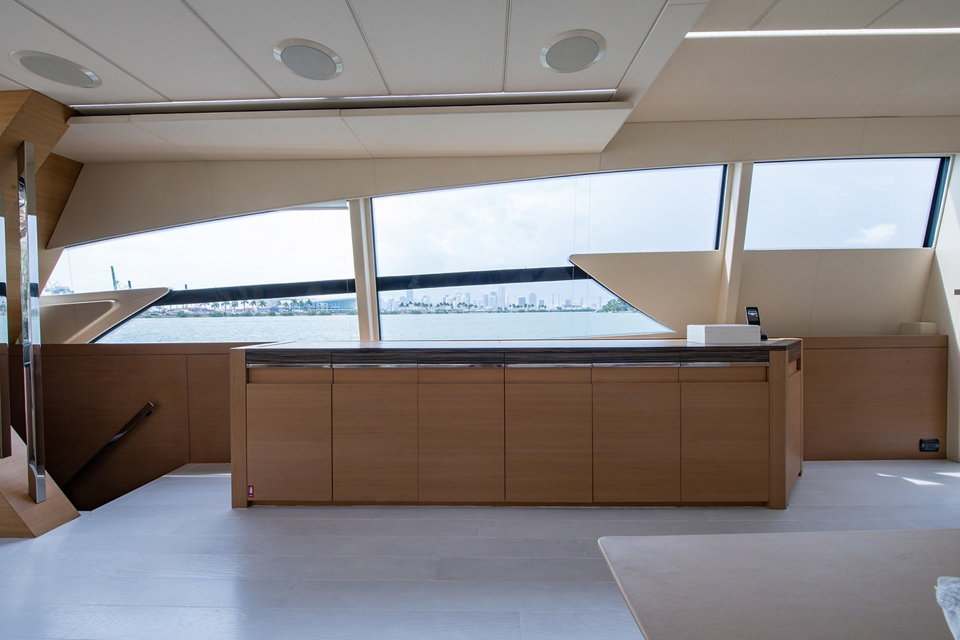 2012 PERSHING Express Cruiser Motor Yacht 2375795