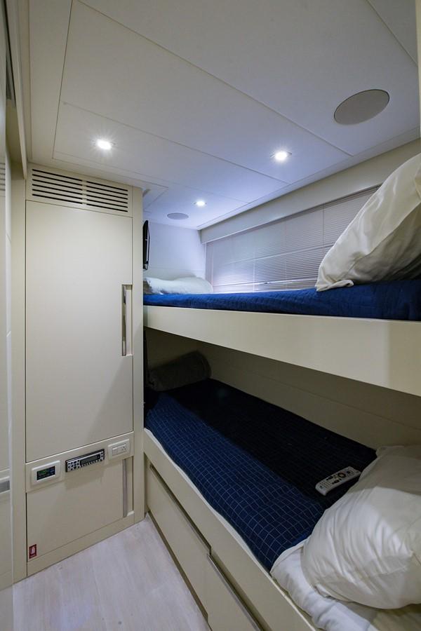 2012 PERSHING Express Cruiser Motor Yacht 2375825
